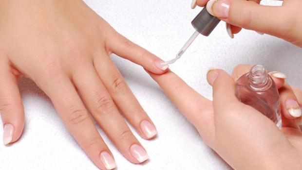 Базовое покрытие для ногтей