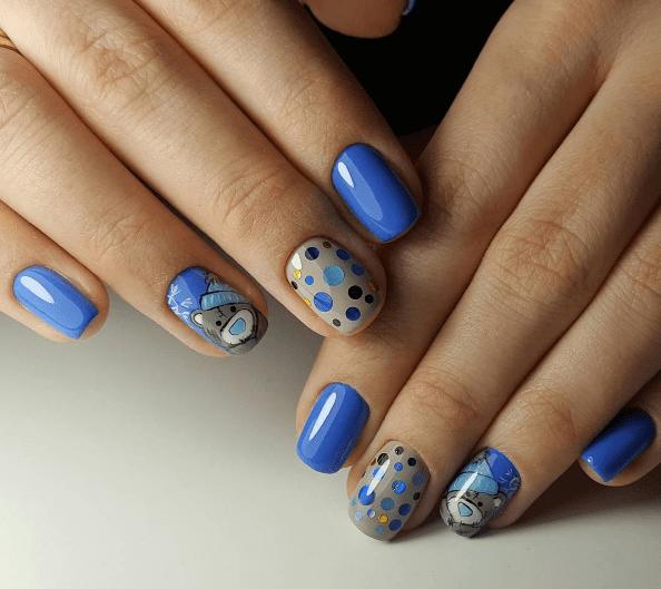 Голубой маникюр с камифубуки и рисунком