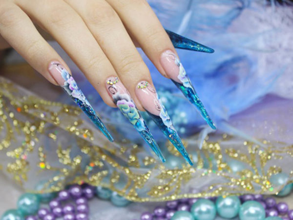 Художественная роспись ногтей