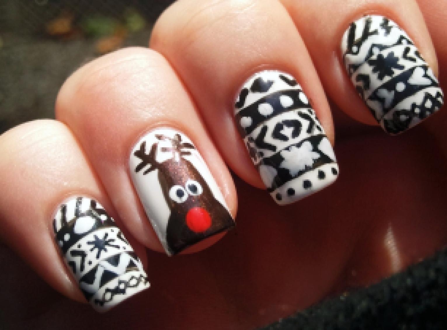 оригинальный зимний дизайн ногтей