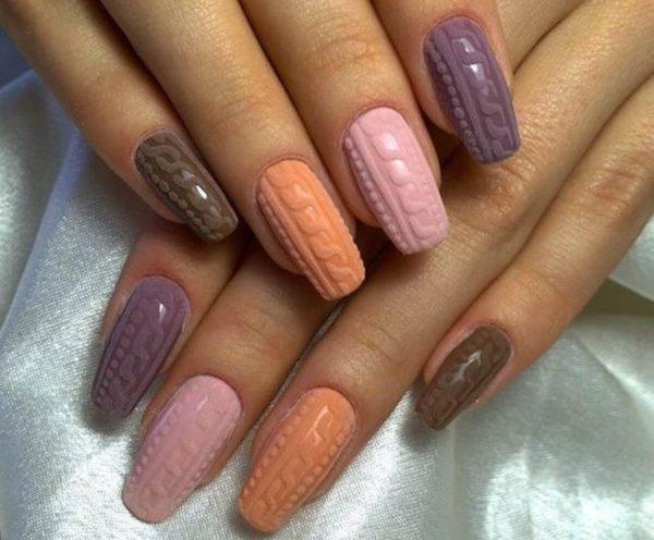 зимний дизайн ногтей вязянный