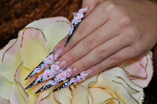 форма ногтей стилет фото новинок