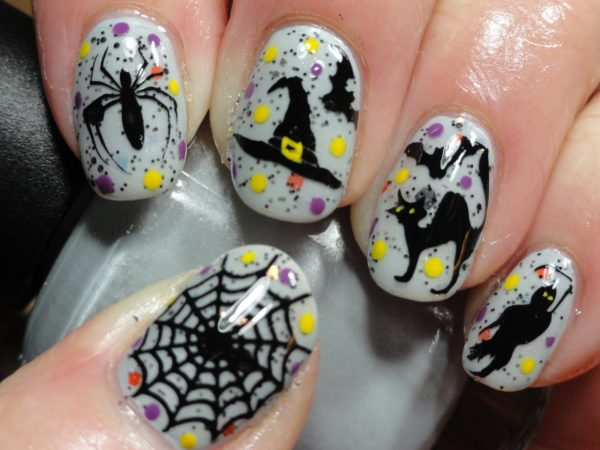Маникюр на Хэллоуин: оригинальные идеи, фото.