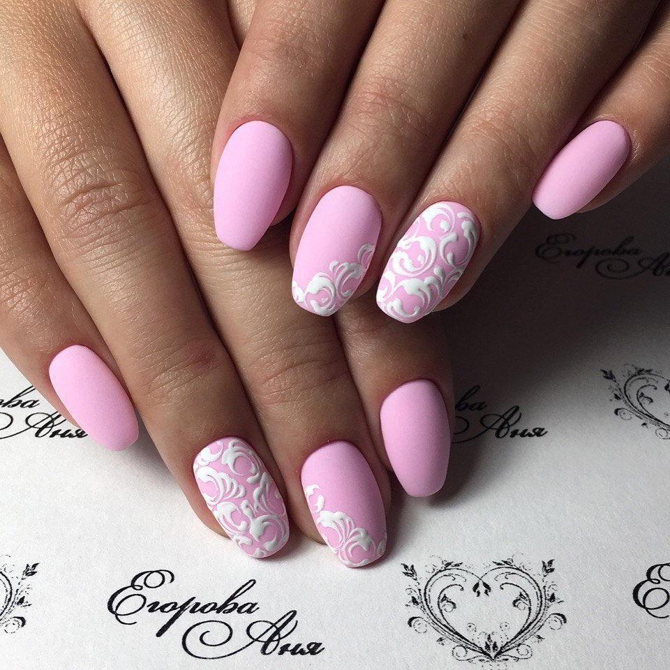 Розовый маникюр 2017