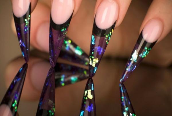 форма ногтей стилет фото