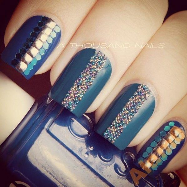 бульонки на ногтях фото