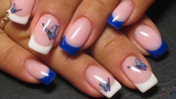 Маникюр синий с белым френч