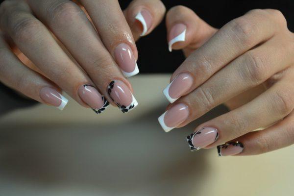 Модные рисунки на ногтях фото