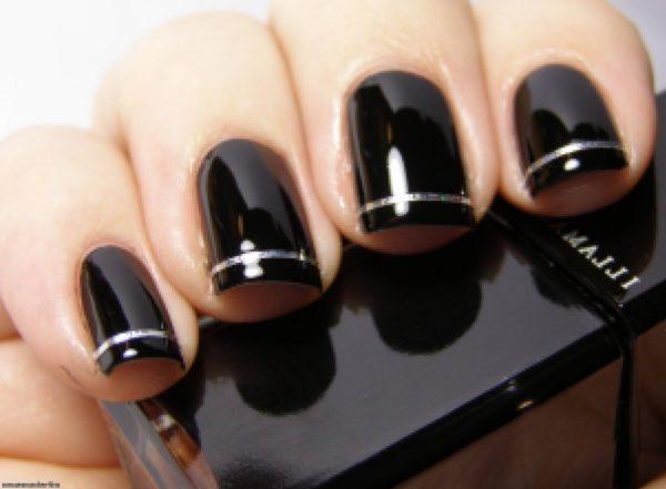 Маникюр черный с серебром с полосками