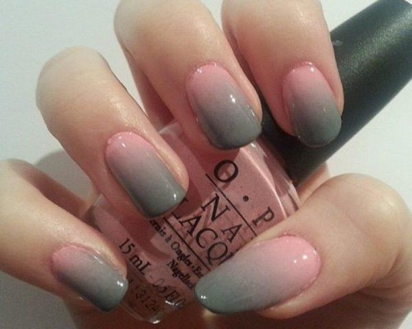 Маникюр серый с розовым градиент