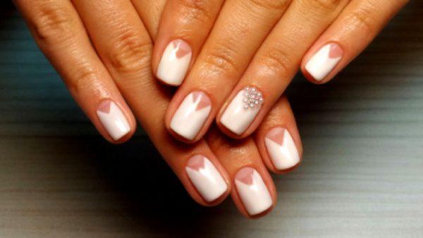 свадебный маникюр на короткие ногти фото