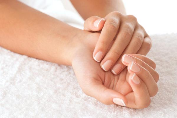 Витамины для ногтей: недорогие и эффективные